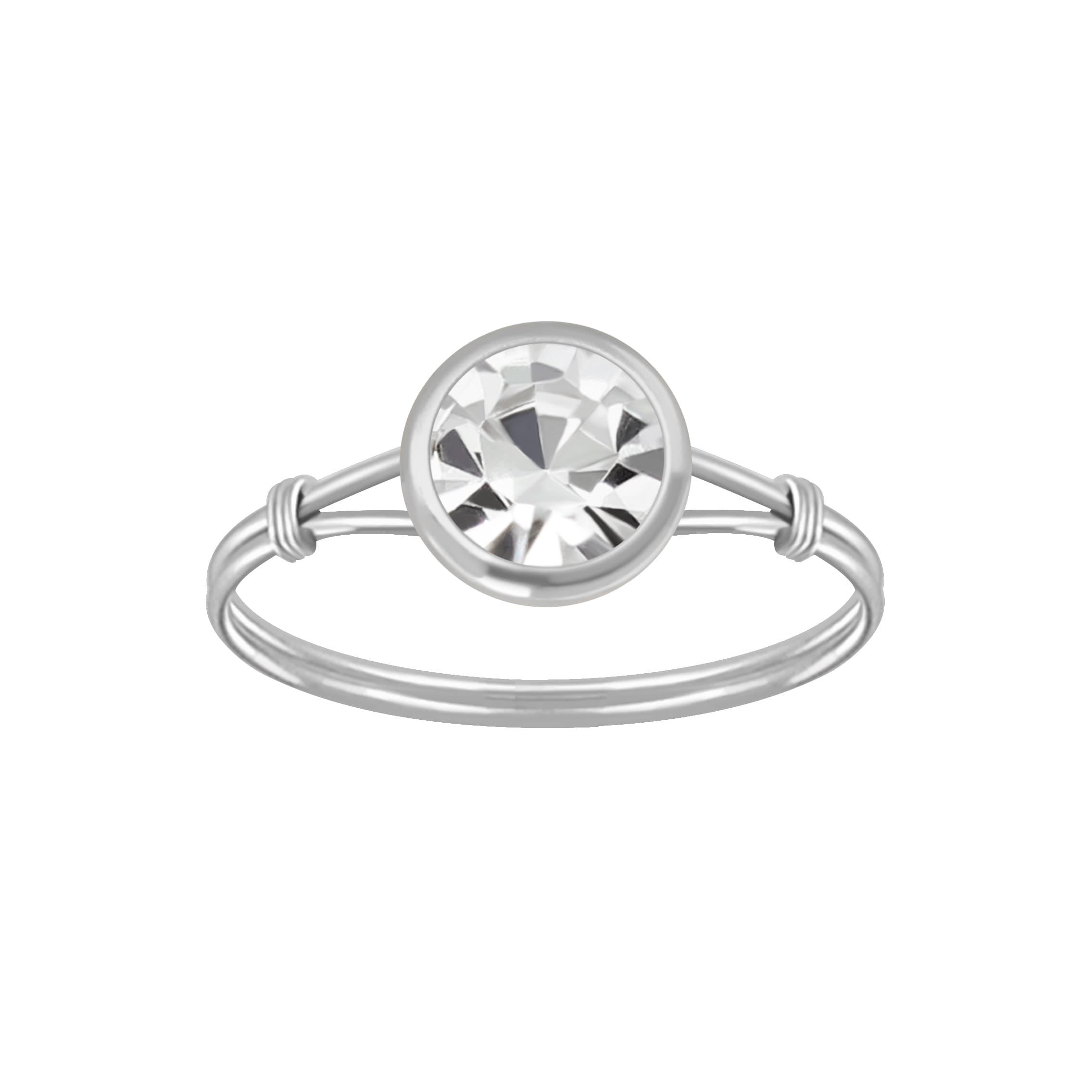 Zilveren ring met kleurloze kristal